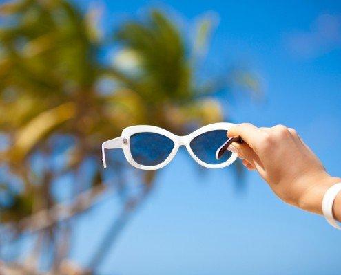 wear sunglasses- shinagawaph