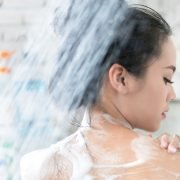 Mistakes in Showering that Can Harm You and Your Skin