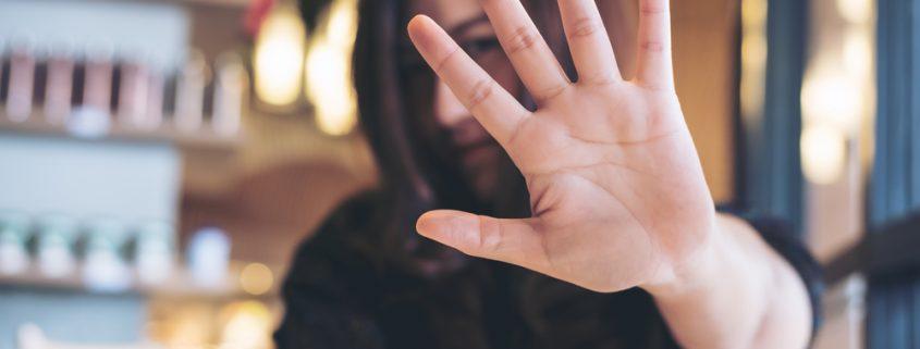 5 Daily Habits Your Skin Wants You To Stop | Shinagawa Aesthetics Blog