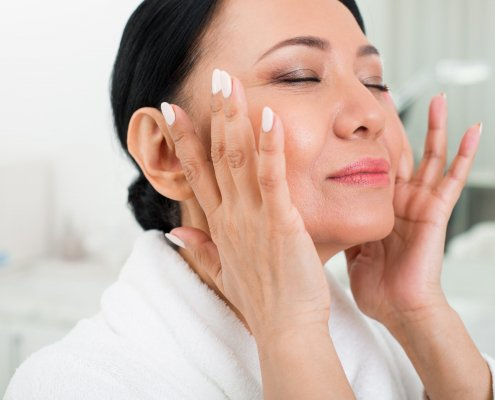 How to Take Care of Your Skin During Your 40's | Shinagawa Aesthetics Blog