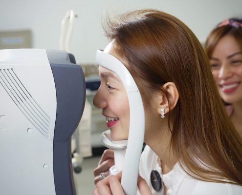 Aiko Climaco's Eye Screening at Shinagawa Lasik & Aesthetics