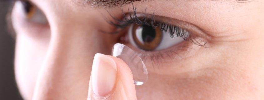Risks of Contact Lens vs Benefits of LASIK | Shinagawa LASIK Blog